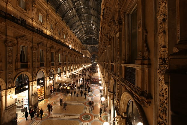 Where to shop in milan for Milano shop