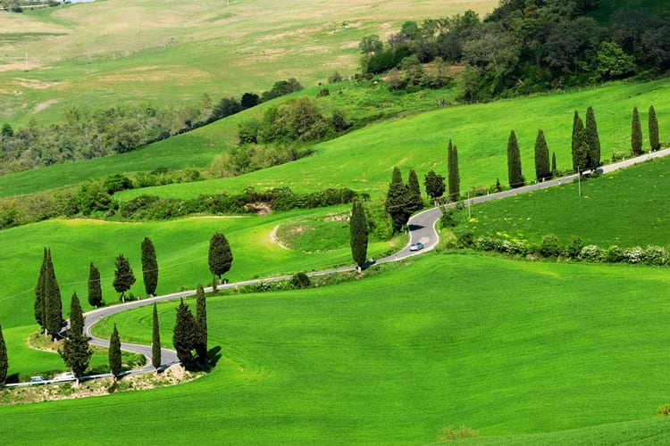 Tuscany's Val d'Orcia is even more beautiful in springtime