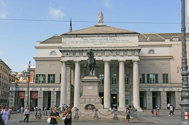 Teatro Carlo Felice (wiki commons: Jensens)